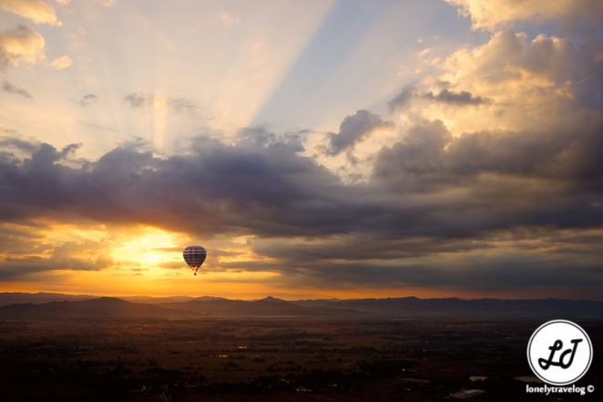 Sunrise - hot air balloon