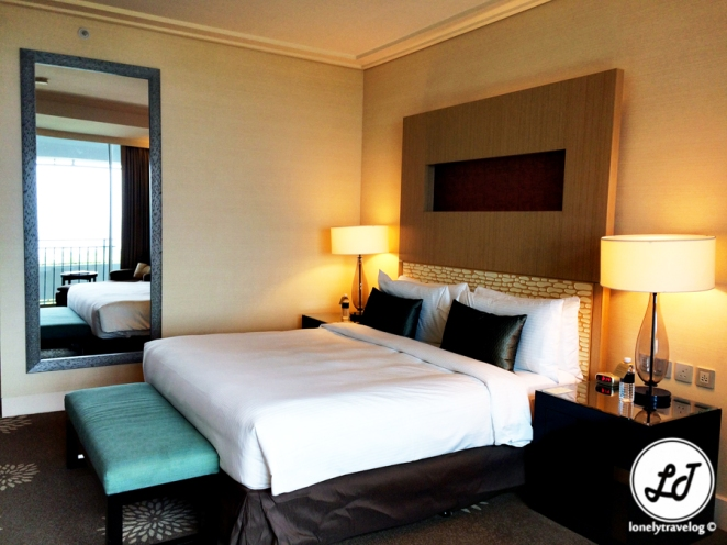Premier Room. Review  Marina Bay Sands Hotel  Singapore   Lonely Travelog