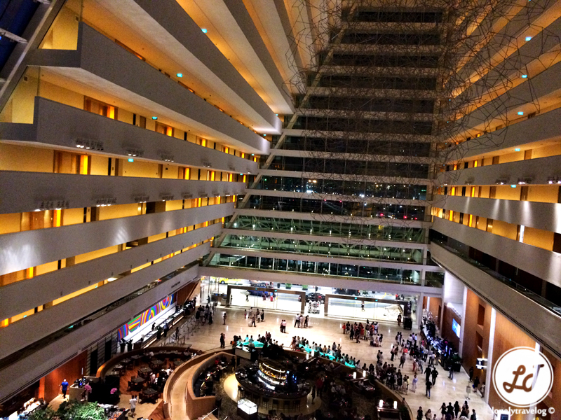 Review marina bay sands hotel singapore lonely travelog - Least crowded swimming pool singapore ...