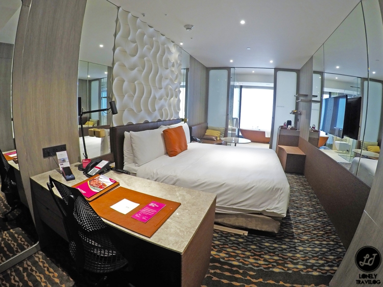 Crowne Plaza Changi Airport by LT