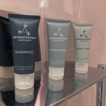 JW Marriott Hotel Singapore South Beach [Aromatheraphy Assoc]]